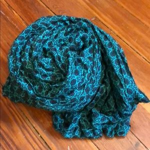 Accessories - Green and black infinity scarf
